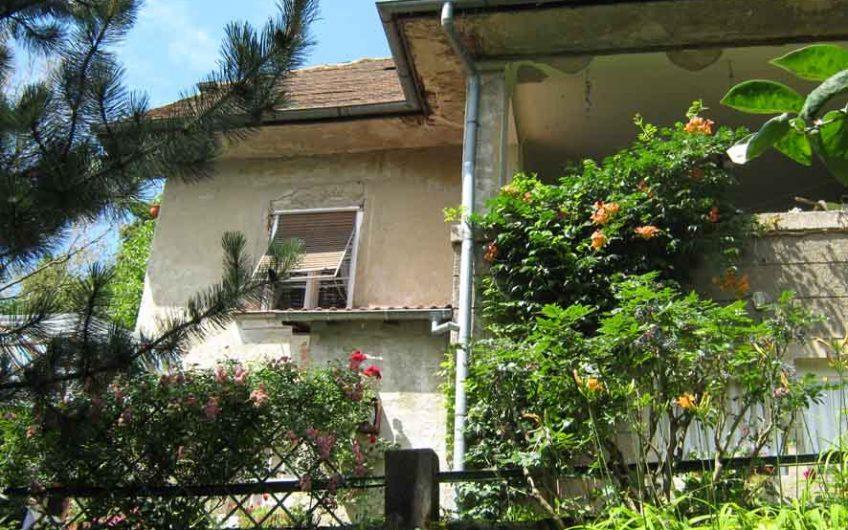 Kuća: Zagreb (Britanac), katnica, 350.00 m2 KOZARČEVA ULICA